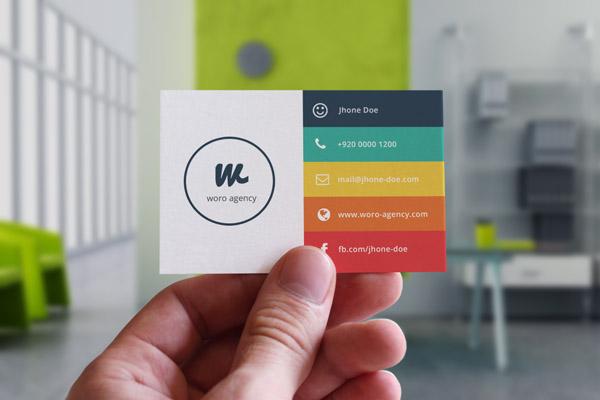 اطلاعاتی روی کارت ویزیت شخصی