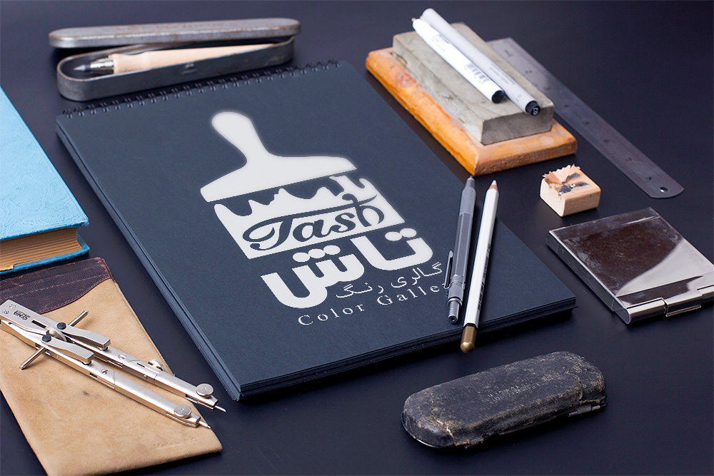 طراحی لوگوی گالری رنگ